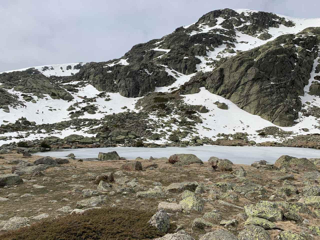 hikes in madrid - laguna grande de penalara